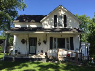 308 North Rosenberger Street, Nappanee IN