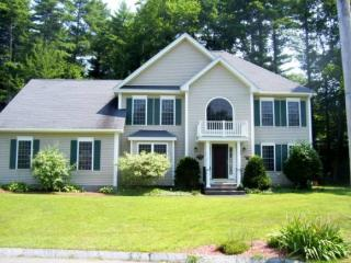 10 Owls Head Drive, Nashua NH