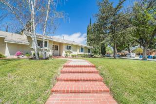 11131 Chimineas Ave, Porter Ranch, CA