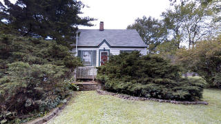 207 Bonnie Brae Lane, Willowbrook IL