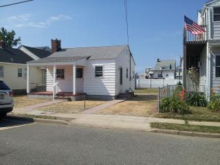 250 Fremont Ave, Seaside Heights, NJ