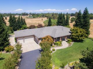 12131 Green Road South, Wilton CA