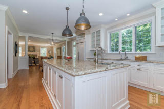 42 Mariomi Rd, New Canaan, CT