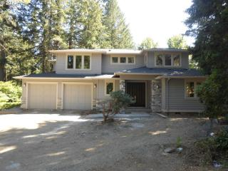 4250 Lords Ln, Lake Oswego, OR