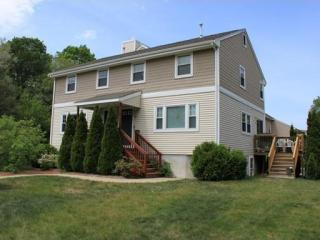 4 Mayberry Dr, Westborough, MA