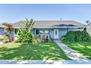 2090 Lomina Avenue, Long Beach CA