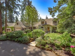 612 Ridgeway Road, Lake Oswego OR