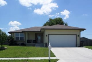 329 SE 44th St, Topeka, KS