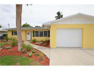 2723 Shoreview Drive, Naples FL