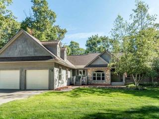 8103 Mercer Lake Rd, Minocqua, WI
