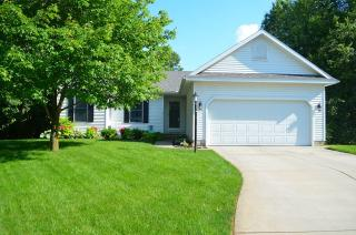 1021 Hidden Meadow Ln, Middlebury, IN