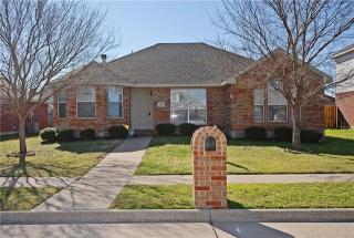 228 Garden Valley Lane, Red Oak TX