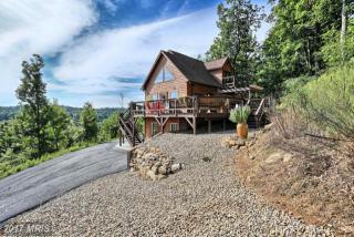382 Southridge Drive, Berkeley Springs WV