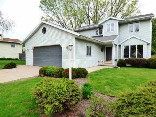 1374 Carefree Court, Green Bay WI