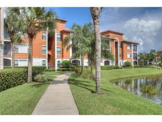 8357 38th Street Cir E #104, Sarasota, FL