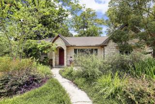 6655 Rockbridge Ln, Houston, TX