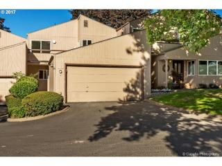 1616 NW Rolling Hill Dr, Beaverton, OR