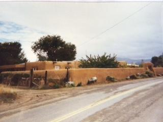 111 State Road 240, Ranchos de Taos, NM