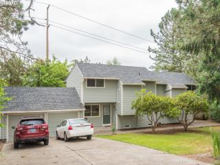 6875 SW 144th Pl, Beaverton, OR