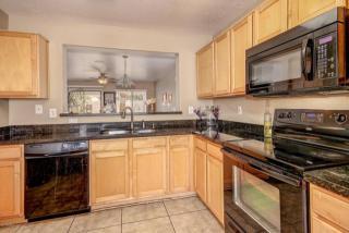 6770 West State Avenue, Glendale AZ