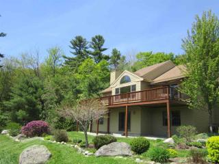 24 Highland Rdg, New London, NH
