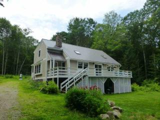 230 Old Hinsdale Rd, Ashuelot, NH