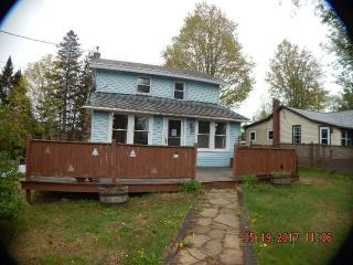 48 Johnson Ave, Lake Placid, NY