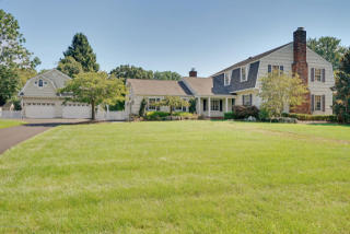 47 Mulberry Ln, Colts Neck, NJ