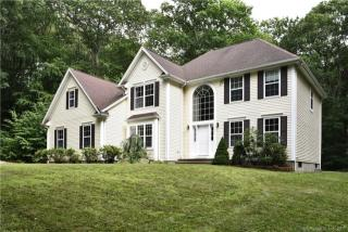 46 Paula Ln, Waterford, CT