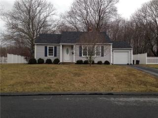 28 Flyers Dr, Norwich, CT