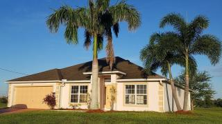 2504 NW 14th Ave, Cape Coral, FL
