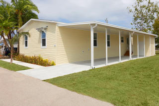 465 Buffalo Way #465, North Fort Myers, FL