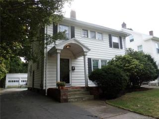 132 Elm St, New Haven, CT