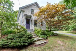 86 Newfields Rd, Exeter, NH