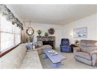 319 5th St, Beach Haven, NJ