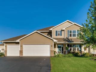 16627 Dodd Lane, Lakeville MN