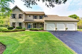 23764 Deer Chase Ln, Naperville, IL