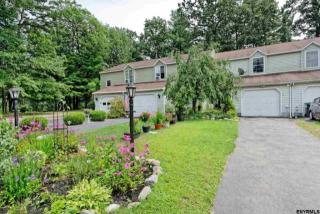 505 Elk Cir, Ballston Spa, NY