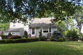 37 Birch Dr, Shrewsbury, NJ