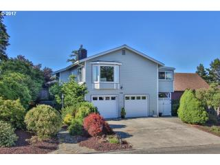 2345 Clark Street, North Bend OR