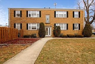 9528 S Troy Ave #1W, Evergreen Park, IL