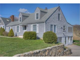 39 Ashworth Avenue, Stonington CT