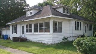 208 East Front Street, South Whitley IN