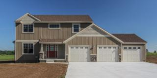 Oxford Plan in Crowning Acres, Grand Rapids, MI