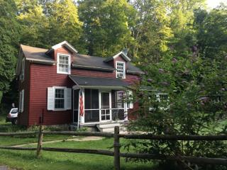 12 Cedarville Rd, Blairstown, NJ