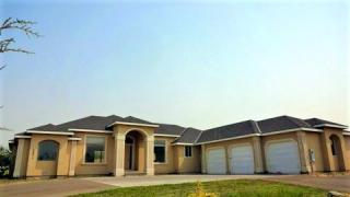 28511 Country Meadows Ln, Kennewick, WA