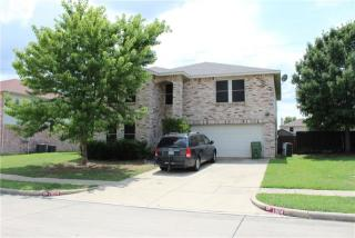 1004 White Dove Dr, Arlington, TX
