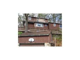 91 Lake Dr, New Milford, CT