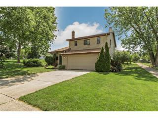6543 Hunter Dr, Garfield Heights, OH