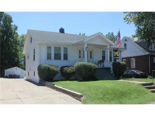 8906 Forest Avenue, Saint Louis MO